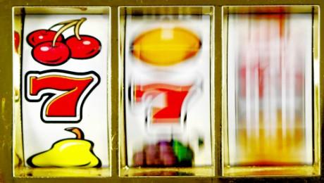Dipendenza da sostanze stupefacenti e Dipendenza da gioco d'azzardo